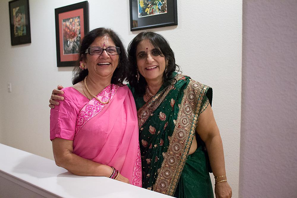 photoblog image Mom and Amita Auntie